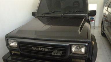 1993 Daihatsu Taft 2.7 - Kondisi Istimewa