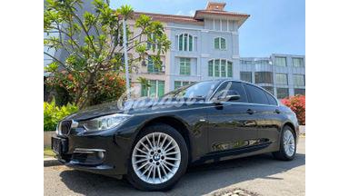2015 BMW 3 Series 320i luxury - Barang Bagus Siap Pakai, tdp ringan. nego abiss!!