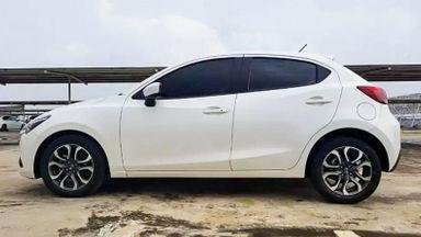 2016 Mazda 2 AT - Mobil Pilihan (s-2)