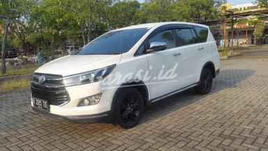 2018 Toyota Kijang Innova Venturer - Mobil Pilihan