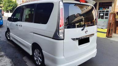 2015 Nissan Serena HWS - Mobil Pilihan (s-3)
