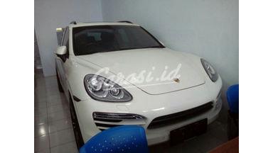 2010 Porsche Cayenne 2.0 - Siap Pakai
