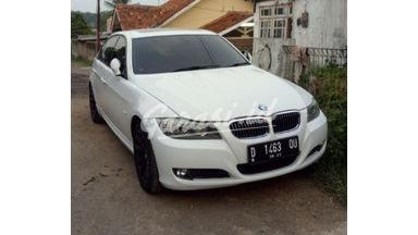 2010 BMW 3 Series 325i E90 - Warna putih barang langka