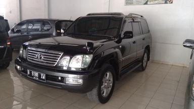 2004 Toyota Land Cruiser . - Kondisi Istimewa