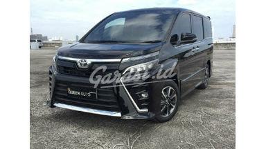 2019 Toyota Voxy G