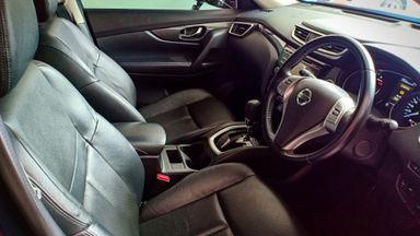 2014 Nissan X-Trail 2.5 - Mobil Pilihan (s-5)