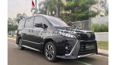2017 Toyota Voxy 2.0