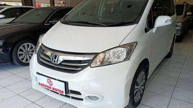 2013 Honda Freed E PSD AT - Good Condition (s-0)