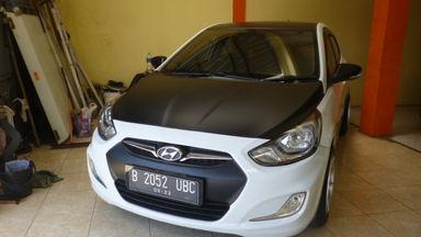 2012 Hyundai Avega . - Siap Pakai Simulasi Kredit Tersedia