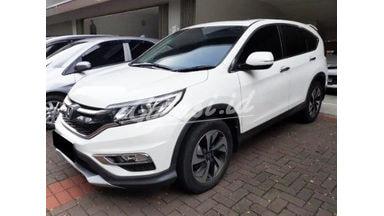 2016 Honda CR-V 2.4 - Mobil Pilihan