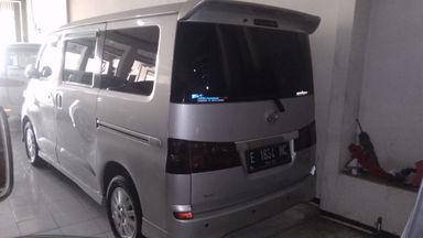 2012 Daihatsu Luxio X - Barang Istimewa (s-6)