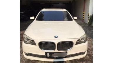 2011 BMW 7 Series 740Li - LIKE NEW!!