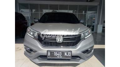 2015 Honda CR-V 2.4 Prestige - Mobil Pilihan