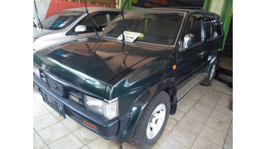 2001 Nissan Terrano Grandroad - SIAP PAKAI!