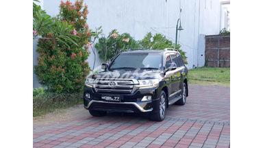 2016 Toyota Land Cruiser 200 V8