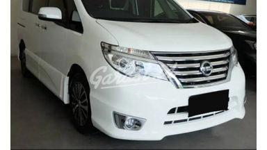 2015 Nissan Serena HWS Facelift - Apik Mulus Terawat Low KM ( Real ) ISTIMEWA
