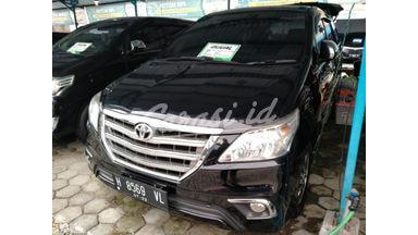 2014 Toyota Kijang Innova V - Terawat Siap Pakai