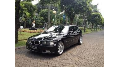 1997 BMW 3 Series 2 Pintu