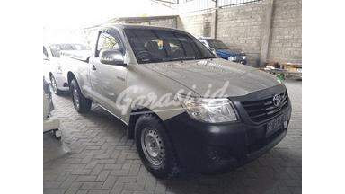 2014 Toyota Hilux pickup - kondisi mulus dan terawat