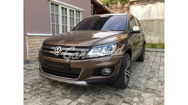 2015 Volkswagen Tiguan TSI HIGHLINE R-LINE - Kondisi Mulus, KM Rendah