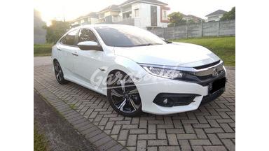 2018 Honda Civic ES Sedan