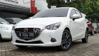 2017 Mazda 2 R