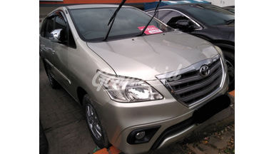 2014 Toyota Kijang Innova at - SIAP PAKAI!