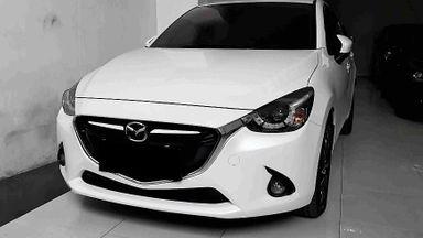 2014 Mazda 2 R - Mobil Pilihan