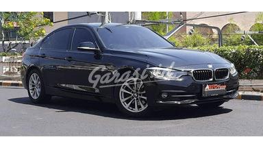 2018 BMW 3 Series 320i - Mobil Pilihan