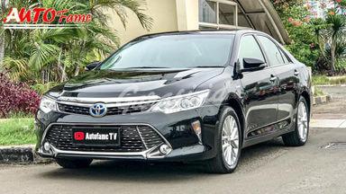 2015 Toyota Camry Hybrid Hybrid