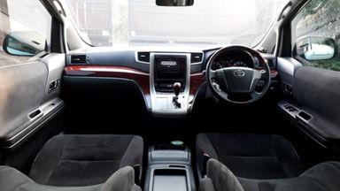 2010 Toyota Vellfire Z - Kondisi Sangat Bagus & Terawat (s-4)