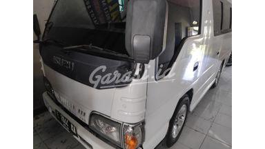 2015 Isuzu Elf Minibus mt - Istimewa Siap Pakai