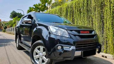 2017 Isuzu MU-X AT - Mobil Pilihan
