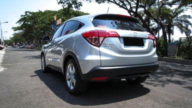 2015 Honda HR-V E 1.5 - Mobil Pilihan (s-3)