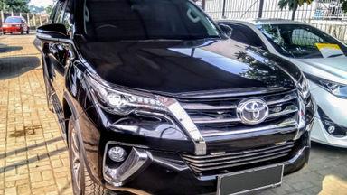 2018 Toyota Fortuner VRZ - Mobil Pilihan (s-2)