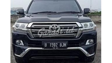 2014 Toyota Land Cruiser VXR 200
