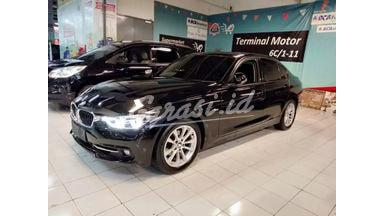 2016 BMW 3 Series Sport - Mobil Pilihan