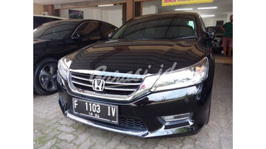 2014 Honda Accord AT - Barang Bagus Dan Harga Menarik