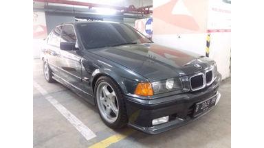 1993 BMW 3 Series 318i - Langka Original Full Kaleng