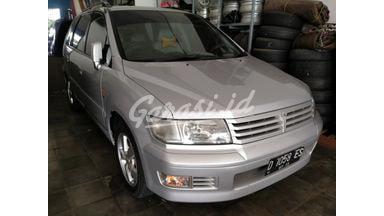 2000 Mitsubishi Chariot GRANDIS - Terawat Siap Pakai