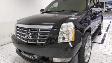 2011 Cadillac Escalade Escalade - KM low /unit istimewa