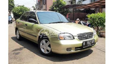 2002 Suzuki Baleno DX - .