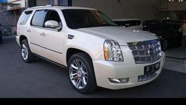 2011 Cadillac Escalade Platinum V8 - Ready to Use