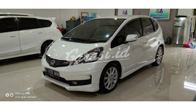 2014 Honda Jazz RS - Istimewa