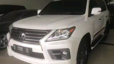 2013 Lexus LX 570 - Fitur Mobil Lengkap Barang Istimewa