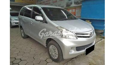 2014 Daihatsu Xenia R - Mobil Pilihan