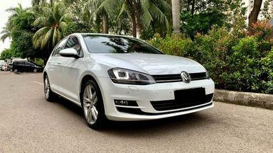 2017 Volkswagen Golf TSI - Mobil Pilihan (s-0)