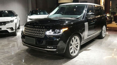2014 Land Rover Range Rover Vogue - Great Condition