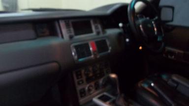 2004 Land Rover Range Rover Vogue Autobiography - Barang Bagus Siap Pakai, harga nego. (s-10)