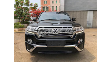 2016 Toyota Land Cruiser V8 - New Model Service Record ATPM
